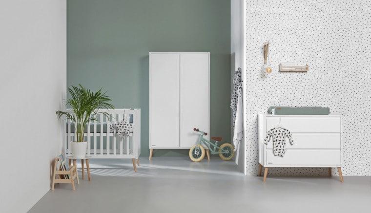 Babykamer met Europe Baby Sterre kledingkast en commode
